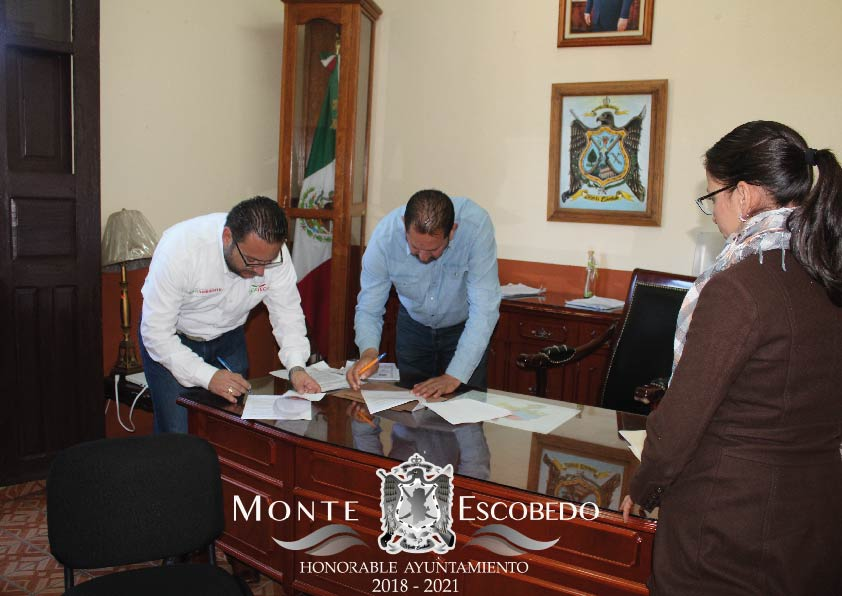 Firma del convenio.
